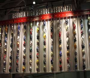 GEORGIA DOME HELMET WALL